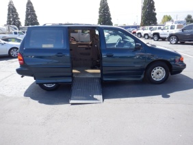 1998 Ford Windstar Handicap Passenger Limited Minivan - For Sale By Owner at Private Party Cars