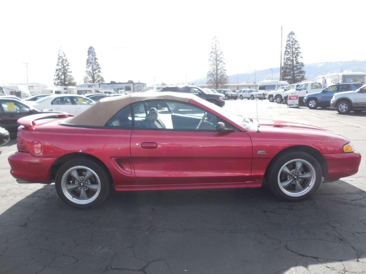 1995 ford mustang gt for sale by owner at private party cars where buyer meets seller. Black Bedroom Furniture Sets. Home Design Ideas