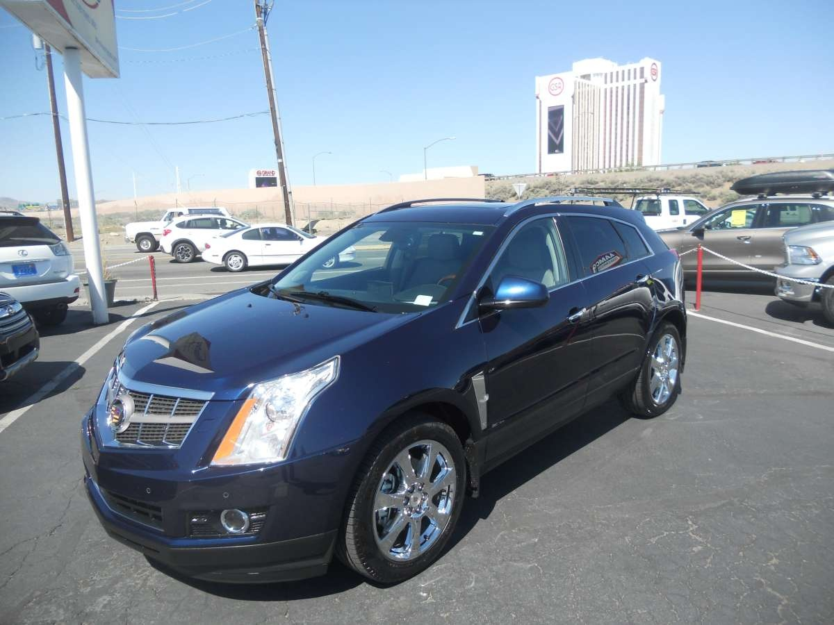 2011 cadillac srx for sale by owner at private party cars where buyer meets seller. Black Bedroom Furniture Sets. Home Design Ideas