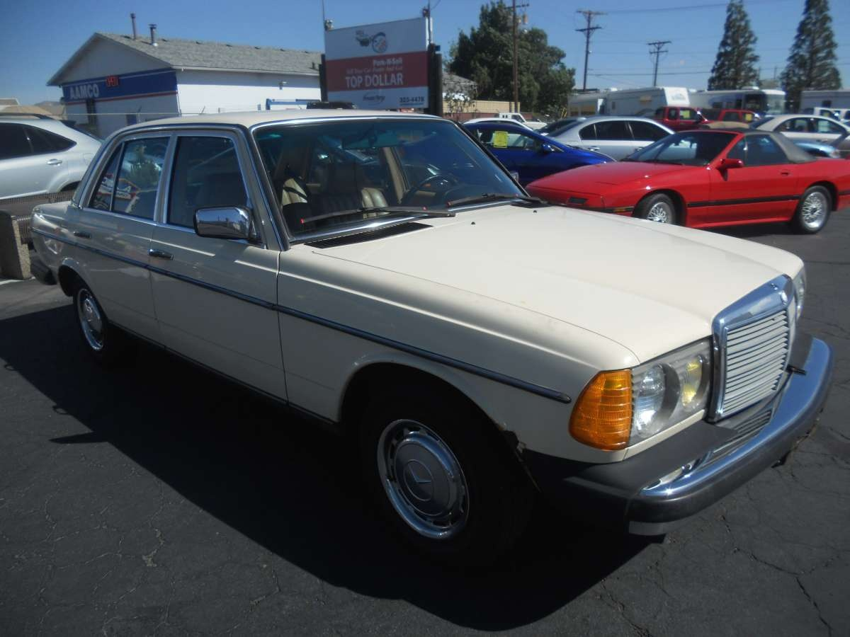 1983 mercedes 240d for sale by owner at private party for Mercedes benz 240d for sale