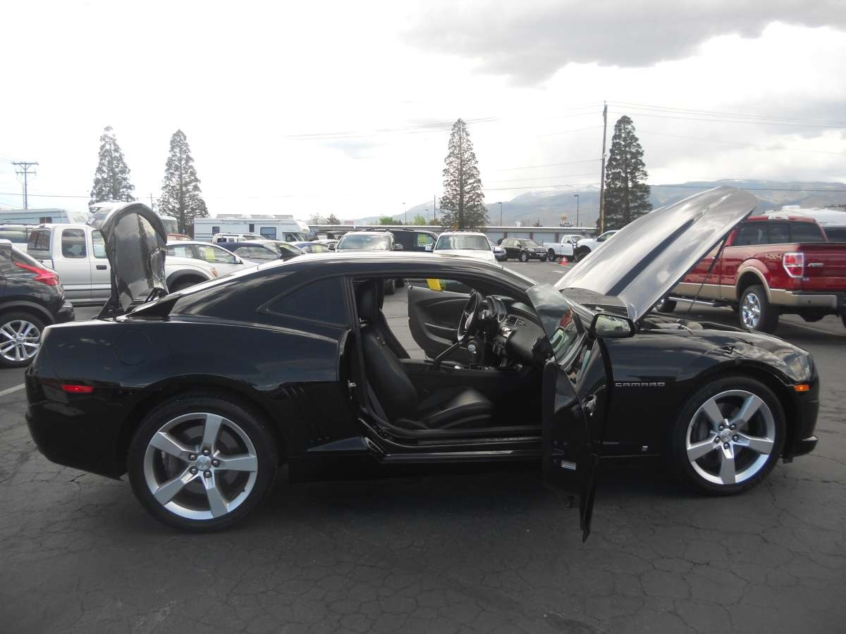 2010 chevrolet camaro ss for sale by owner at private party cars where buyer meets seller. Black Bedroom Furniture Sets. Home Design Ideas