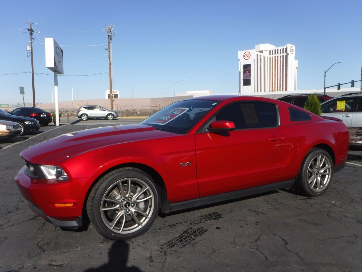 2011 ford mustang gt premium for sale by owner at private party cars where buyer meets seller. Black Bedroom Furniture Sets. Home Design Ideas