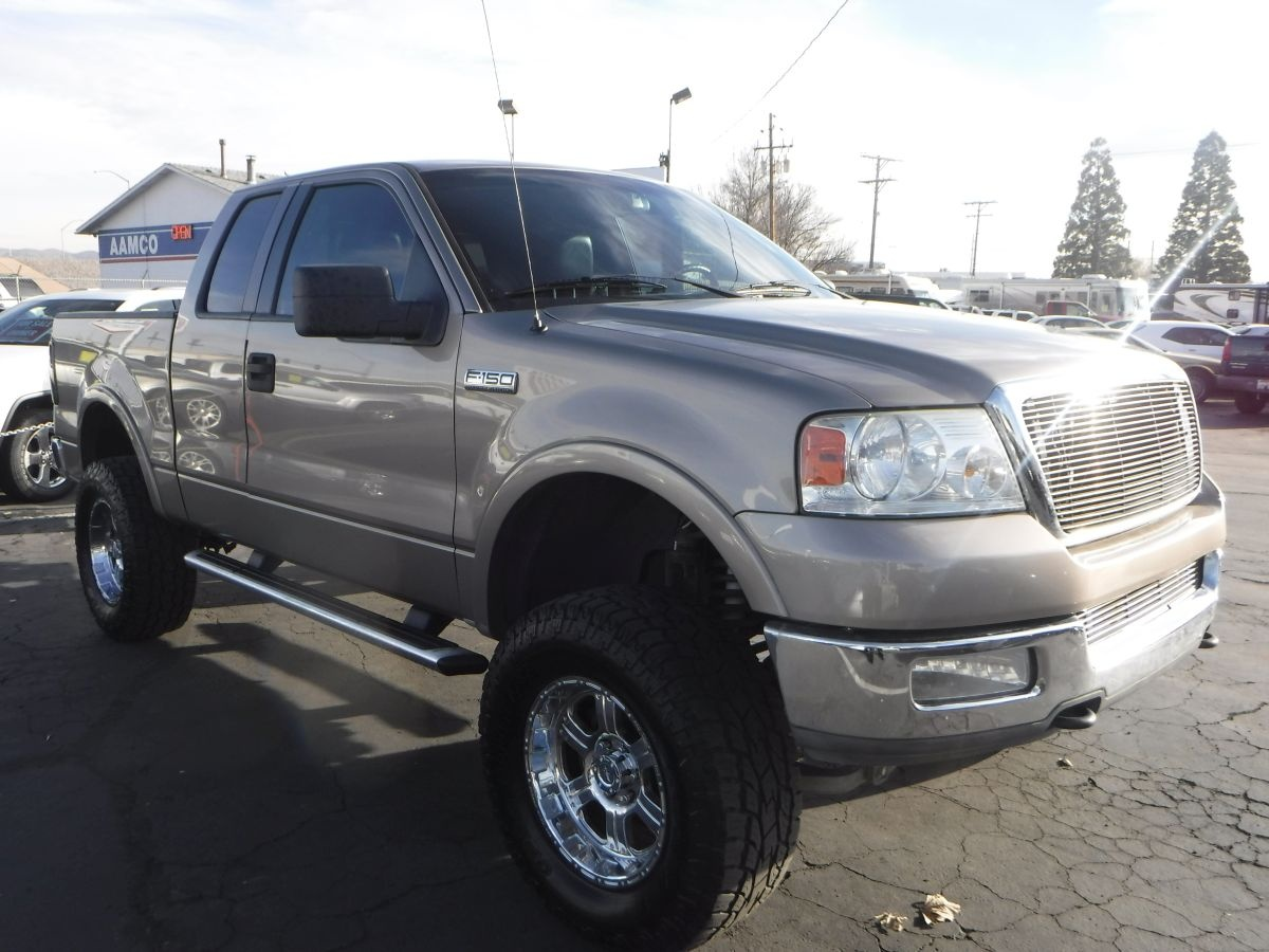 2005 ford f150 super cab lariat 5 1 2 ft for sale by owner at private party cars where buyer. Black Bedroom Furniture Sets. Home Design Ideas