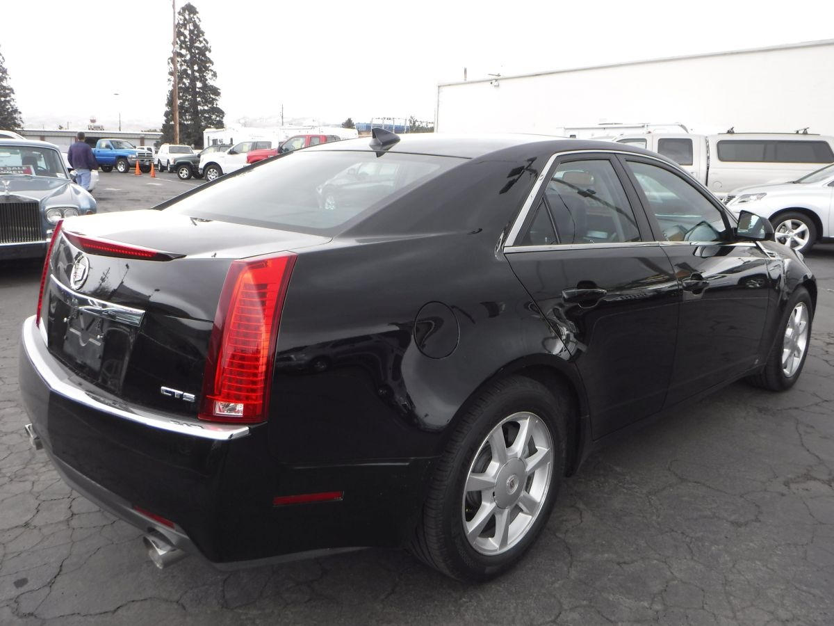 2009 cadillac cts for sale by owner at private party cars where buyer meets seller. Black Bedroom Furniture Sets. Home Design Ideas