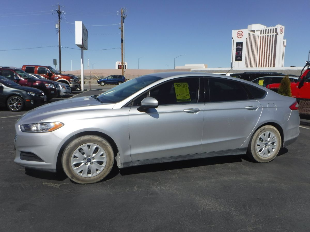 2013 ford fusion s for sale by owner at private party cars where buyer meets seller. Black Bedroom Furniture Sets. Home Design Ideas