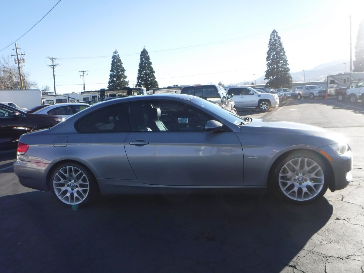 2009 bmw 3 series 328i for sale by owner at private party cars where buyer meets seller. Black Bedroom Furniture Sets. Home Design Ideas