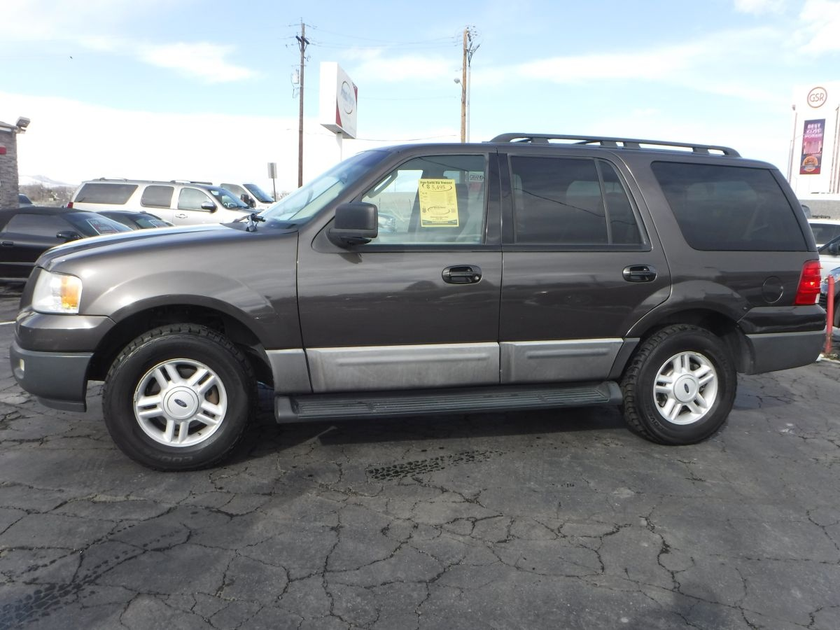 2005 ford expedition xlt for sale by owner at private party cars where buyer meets seller. Black Bedroom Furniture Sets. Home Design Ideas